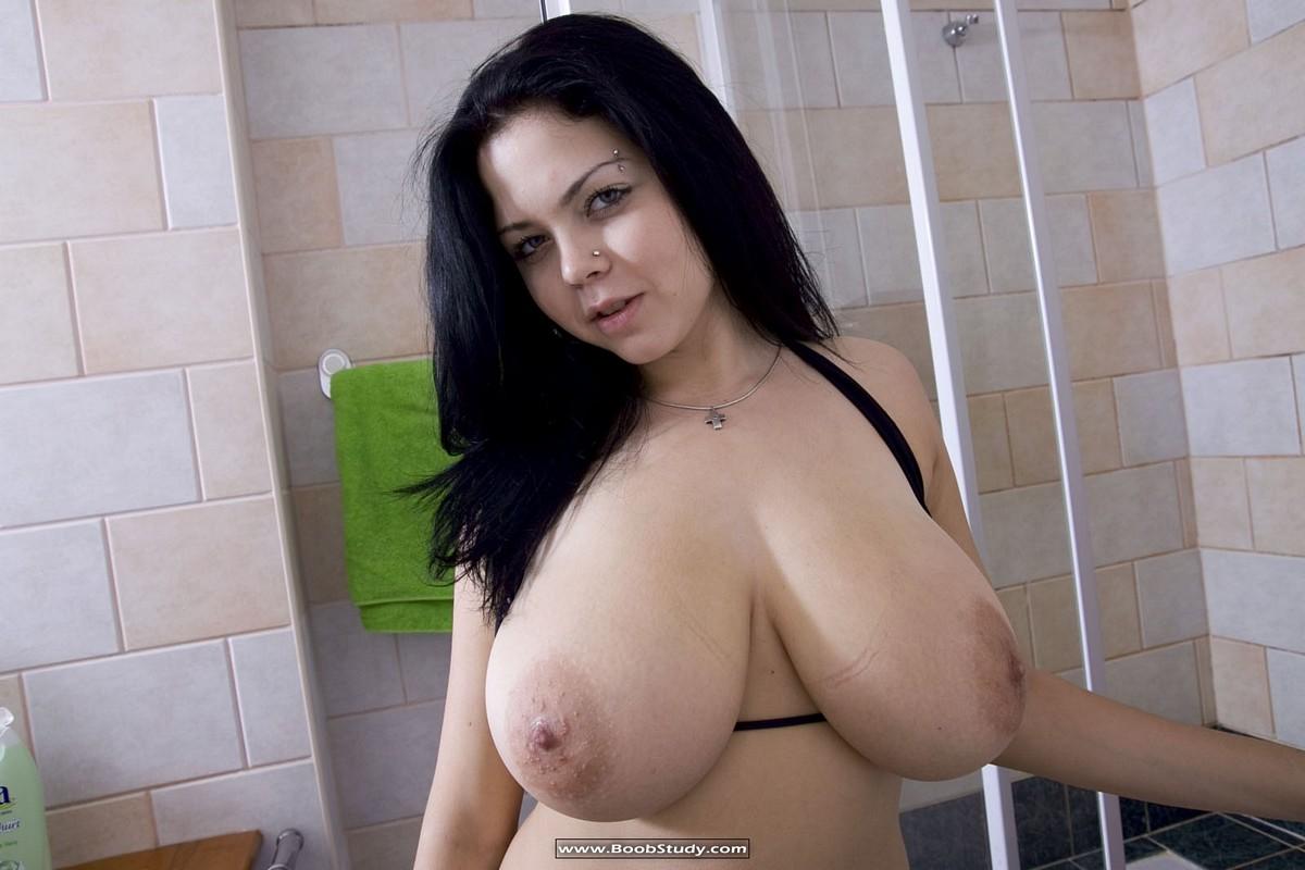 Belleza india máscara con big boobies 3