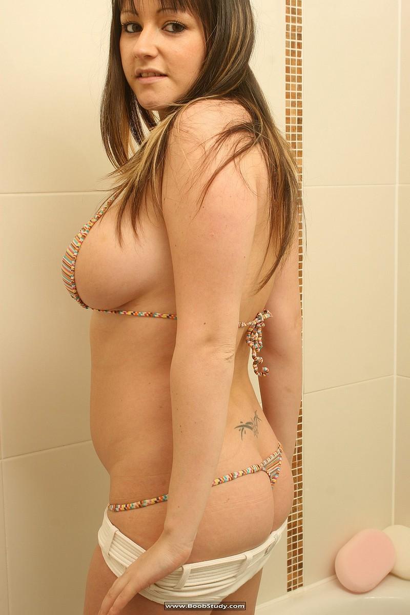 galleries boobstudy photo 268 media abi shower boobs06