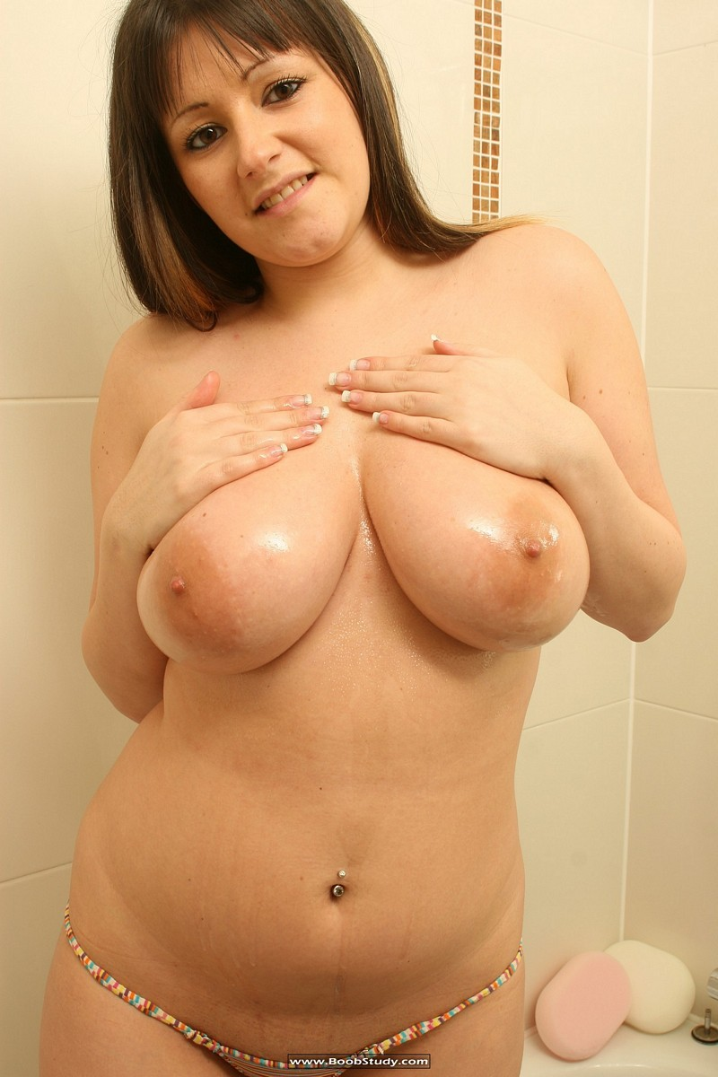 galleries boobstudy photo 268 media abi shower boobs12