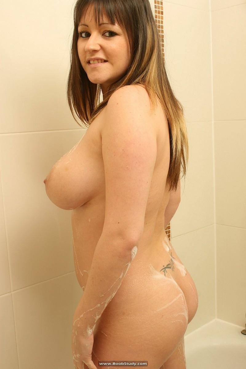 galleries boobstudy photo 268 media abi shower boobs15